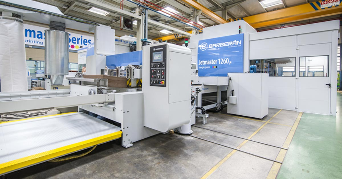 Jetmaster High Speed Digital Printing Direct To Corrugate Corrugated